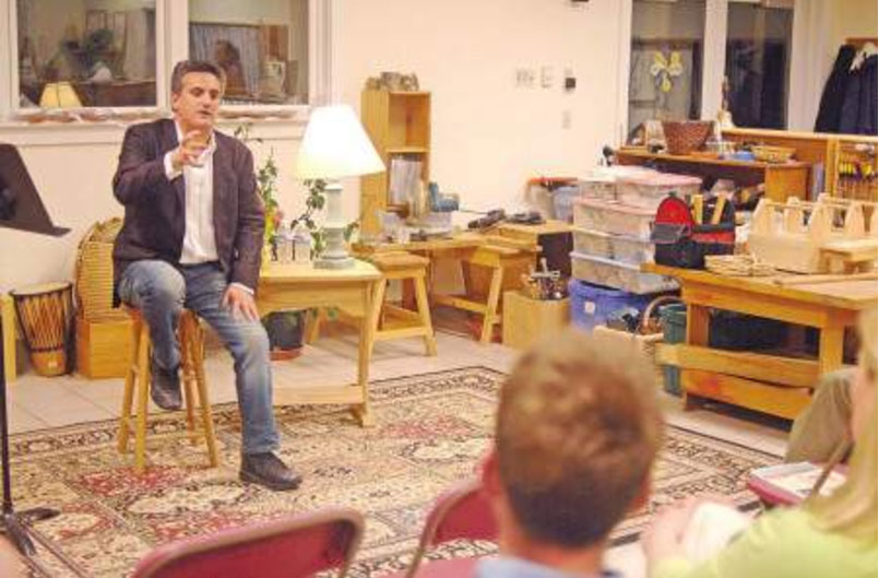 Sports Illustrated reporter Luis Fernando Llosa talks about youth sports to a gathering at the Seacoast Waldorf School in Eliot. Ralph Morang photo